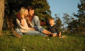 Współczesne wizje małżeństwa i rodzicielstwa drogą do (dez)integracji rodziny?